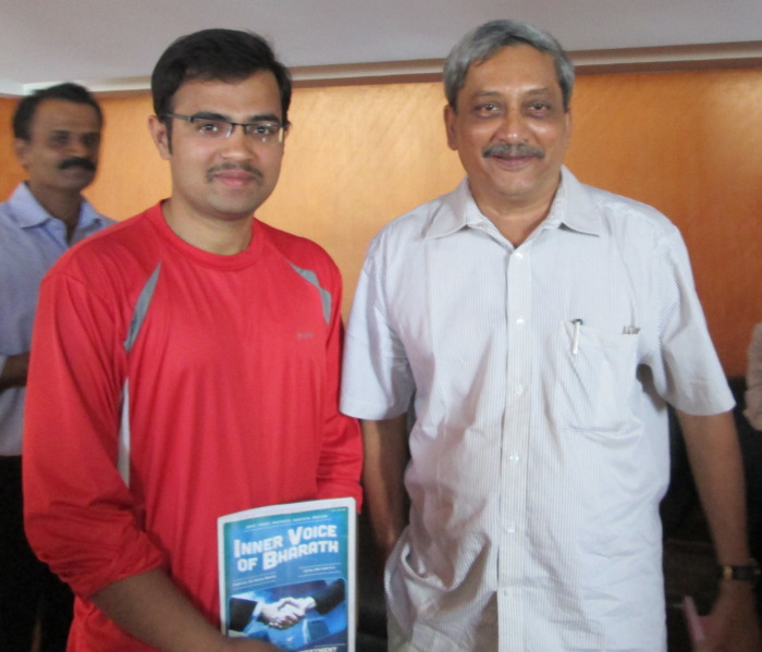 With Chief Minister of GOA SRI.MANOHAR GOPALKRISHNA PRABHU PARRIKAR Interview Date: August 25, 2013